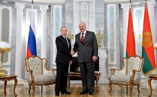 Лукашенко: Путин поддержал идею растить бананы в Беларуси