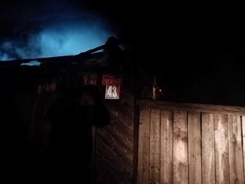 В Татарстане при пожаре в частном доме погибли три человека