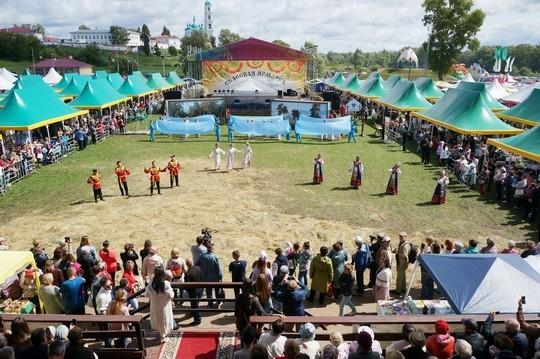 В Елабуге открыли Спасскую ярмарку