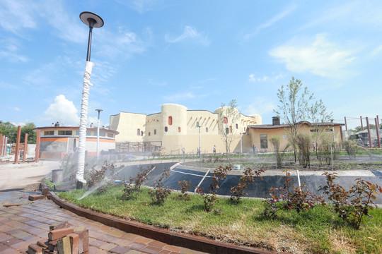 Метшин осмотрел казанский зоопарк «Река Замбези»: «Мы как будто на Мадагаскар попали!»