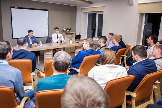 Клубу владельцев бизнеса, в котором, по словам организаторов, состоит около  трехсот предпринимателей Челнов и Закамья, уже год. « 9f1706b71ae