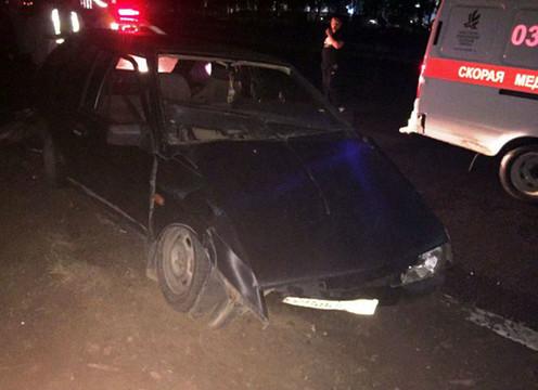 ВЧелнах шофёр врезался вбордюр, уходя отполицейской погони