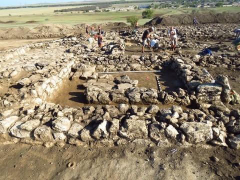 В Крыму археологи раскопали уникальное древнегреческое поселение времен Боспорского царства