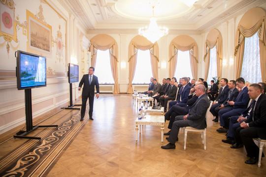 Метшин рассказал помощнику президента РФ Серышеву о наиболее важных проектах развития Казани