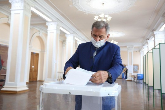 Минниханов и Шаймиев проголосовали на выборах