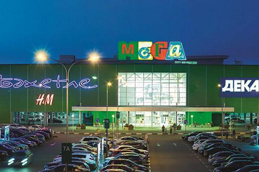 В семейном торговом центре «Мега» 298ca67004768