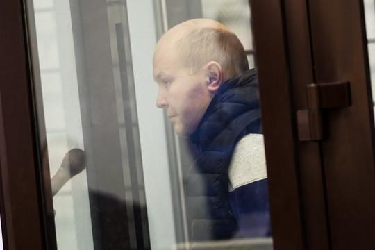 Экс-начальника управления образования Казани доставили в суд