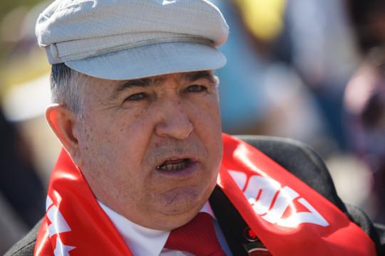 Лидер коммунистов в РТ Хафиз Миргалимов сдал положительный тест на COVID-19. Вчера он без маски возлагал цветы Ленину