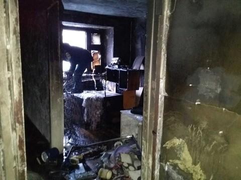 Две женщины погибли при пожаре в многоквартирном доме в Казани