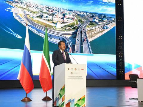Метшин заявил, что в Казани за 10 лет построено рекордное для города-миллионника количество детсадов и школ