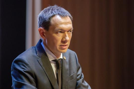 Во время речи Тимура Нагуманова на заседании в Альметьевске сработала пожарная тревога