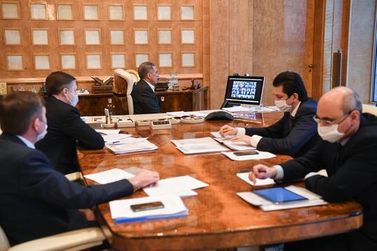 Минниханов оценил возможность снять ограничения из-за COVID-19 в беседе с бизнесом