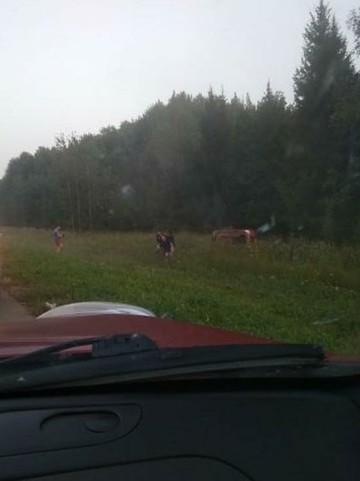 Соцсети: Под Казанью девушка за рулем на скорости налетела на разделительную полосу