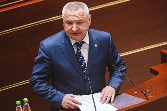 Азат Хамаев: в Татарстане 55 МУПов являются убыточными, а 52 закредитованы