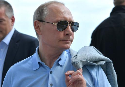 Заслуга В.Путина: жители РФсчитают, что рост благосостояния