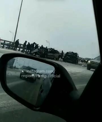 Мать с ребенком погибли при столкновении LADA и Mercedes на трассе под Казанью