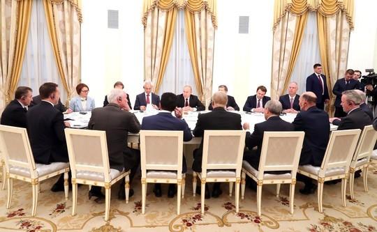 Путин предложил английскому бизнесу участвовать вреализации нацпроектов