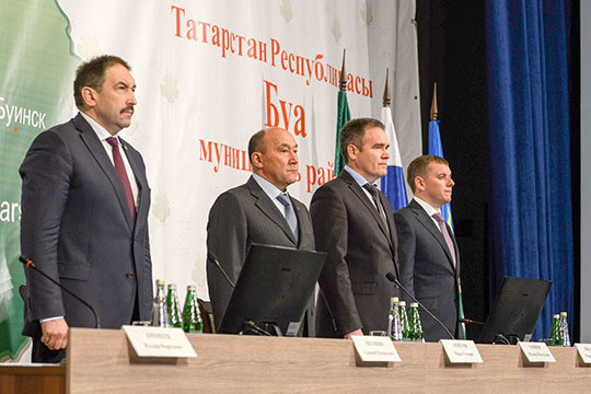 Руководитель Буинского района Татарстана Азат Айзетуллов ушел вотставку