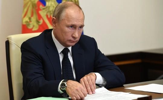 Путин оценил вероятность общенационального локдауна: главное из выступления на форуме «Россия зовет!»