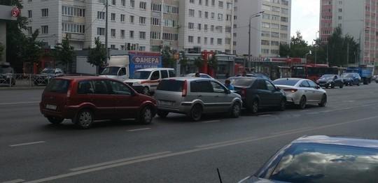 В Казани на Вишневского произошло массовое ДТП