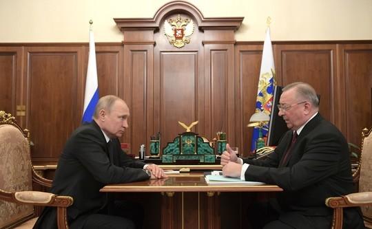 Путин потребовал от главы 'Транснефти' скорректировать систему контроля качества нефти