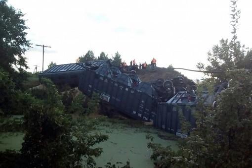 Следователи изучат обстоятельства обрушения моста под составом вСаратовской области