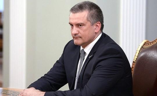 Аксенов выступил забойкот «Евровидения» ипригласил Самойлову вКрым