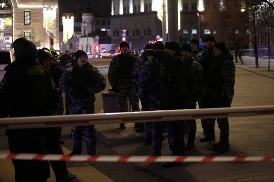 В Москве неизвестный с автоматом атаковал здание ФСБ на Лубянке