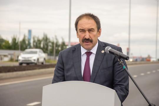 Татарстанцев поздравили с Днем машиностроителя