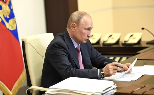 Путин объявил новые меры поддержки занятости в условиях COVID-19