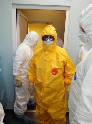 Врачи Казани получили первый в России мобильный комплекс экспресс-диагностики инфекций