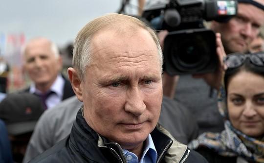 Путин спустя 20 лет после исторического тоста в Ботлихе вернулся в Дагестан