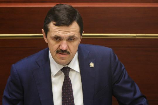 Вице-премьер РТ Гафаров отчитал и. о. главы исполкома Муслюмовского района за тонировку