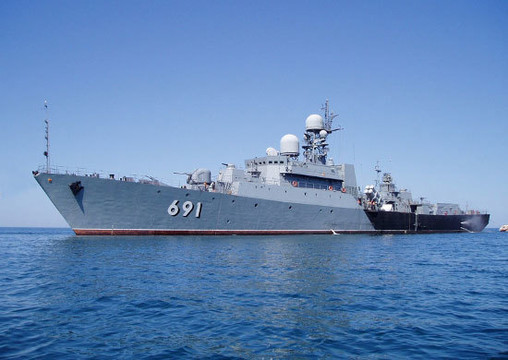 Около 20 кораблей Каспийской флотилии начали учения сострельбами
