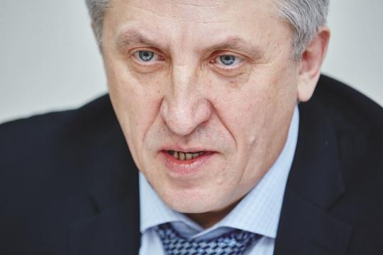 Юрий Пустовгаров уходит с КВЗ