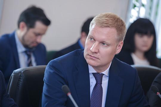 Иван Кузнецов подозревается впокушении наполучение взятки в 500 000 руб.