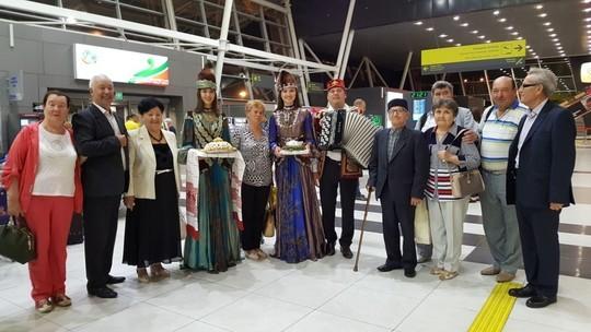 Всемирный съезд  татар служит сохранению межнационального согласия вРФ— Путин