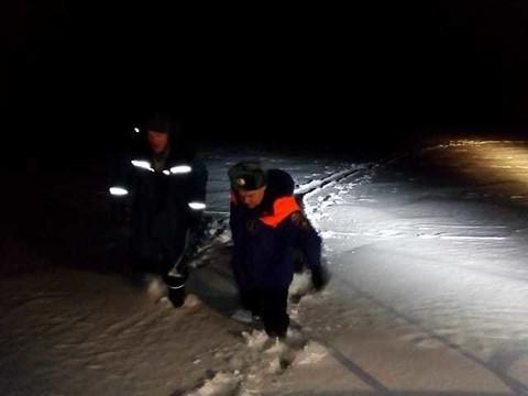 В Татарстане спасли рыбаков из Йошкар-Олы: отец и сын приехали на Волгу и потерялись