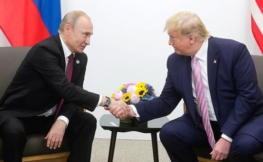 Путин иТрамп обсудили потелефону контроль над вооружениями, Иран икоронавирус