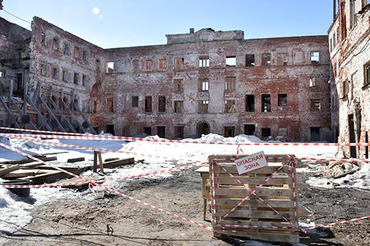 Минниханов оценил объекты реконструкции висторическом центре Казани