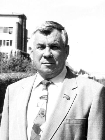 Ушел из жизни бывший легендарный гендиректор «Нижнекамскшины» Николай Зеленов