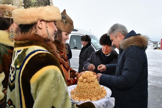 В Казань прибыл зампредседателя Верховного суда РФ – его встретил Минниханов