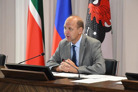 Путин наградил первого замруководителя исполкома Казани
