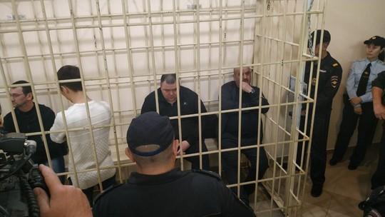 Финал дела о пожаре в ТЦ «Адмирал» – сколько проведут в колонии Хайруллин и Гахраманов?