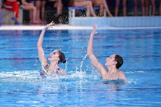 Смешанный дуэт спортшколы Челнов завоевал «серебро» на чемпионате РФ по синхронному плаванию