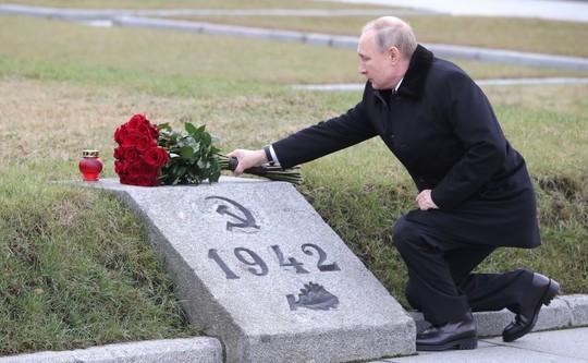 Путин заявил, что ветераны войны к 75-летию Победы получат 75 тыс. рублей