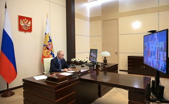 Путин заявил, что Россия готова быть посредником в переговорах между Арменией и Азербайджаном