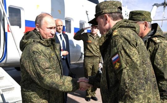 Выходец из Казани показал Путину военные учения