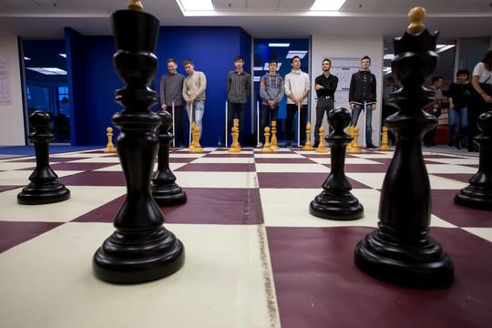 Виртуозность игры шахматистов международного класса восхитила казанских зрителей и фанов чесбола