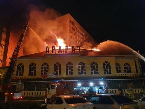В результате пожара в ресторане «Арарат» в Челнах погиб человек
